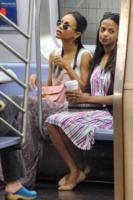 Cisely Saldana, Zoe Saldana - New York - New York - 27-09-2013 - Dalle stelle…ai cunicoli ferroviari della metro