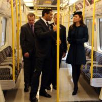 Kate Middleton - Londra - 27-09-2013 - Dalle stelle…ai cunicoli ferroviari della metro