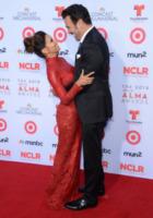 Richardo Antonio Chavira, Eva Longoria - Pasadena - 27-09-2013 - Alma Awards, revival Desperate Housewives: Eva e Carlos