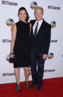 Linda Lowy, Jeff Perry - Hollywood - 28-09-2013 - Grey's Anatomy festeggia il 200esimo episodio