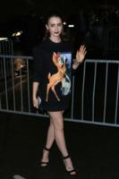 Lily Collins - Parigi - 29-09-2013 - Michelle Hunziker e Lily Collins: chi lo indossa meglio?