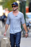 Liam Hemsworth - New York - 30-09-2013 - Liam Hemsworth, la nuova vita senza Miley Cyrus