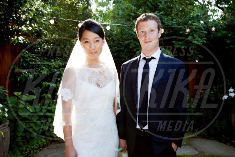 Priscilla Chan, Mark Zuckerberg - Palo Alto - 20-05-2012 - Le partecipazioni? Macchè, I vip preferiscono le nozze segrete