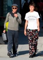 Indio Downey, Robert Downey Jr - Los Angeles - 25-02-2009 - La fama dei genitori nuoce ai figli, la maledizione continua