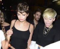 Miley Cyrus - Londra - 20-07-2013 - Grillz, la moda vip che non convince! Ostentazione o orrore?