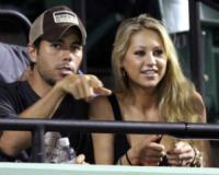 Anna Kournikova, Enrique Iglesias - Miami - 03-04-2009 - Enrique Iglesias costruisce la sua casa da single a Miami