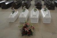 Lampedusa - Lampedusa - 05-10-2013 - Tragedia di Lampedusa: 111 bare nell'hangar della morte