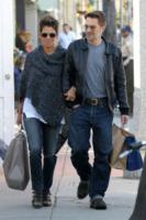 Olivier Martinez, Halle Berry - Los Angeles - 18-01-2013 - Fiocco azzurro per Halle Berry e Olivier Martinez