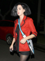 Katy Perry - Los Angeles - 01-11-2012 - Ad Halloween le star si vestono così