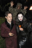 Jamie Hince, Kate Moss - Londra - 31-10-2012 - Ad Halloween le star si vestono così