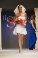 Cecilia Rodriguez - Ercolano - 05-10-2013 - La farfallina di Cecilia Rodriguez spacca internet