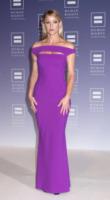 Teri Polo - Washington - 05-10-2013 - Per il 2014, le celebrity scelgono il colore viola