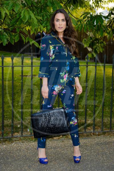Tallulah Harlech - Londra - 26-06-2013 - Nostalgia della primavera? Curatela con i fiori… sui pantaloni