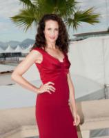 Andie MacDowell - Cannes - 07-10-2013 - Andie MacDowell protagonista della serie tv ABC, Model Woman