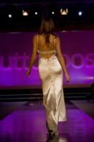 Cristina Chiabotto - Napoli - 19-01-2013 - Sexy Cristina Chiabotto: sotto l'asciugamano niente