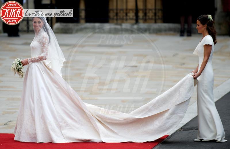 Kate Middleton, Pippa Middleton - Londra - 29-04-2011 - E voi con chi vorreste andare all'altare?