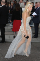 Pixie Lott - Londra - 07-10-2013 - Vade retro abito! Pixie Lott in Yuvna Kim