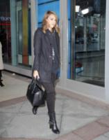 Jessica Alba - Toronto - 09-10-2013 - Quando una normale passeggiata diventa una passerella