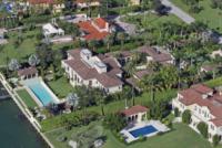 Elle Macpherson - Miami - 10-10-2013 - Il paradiso di Elle Macpherson e Jeffrey Soffer