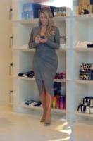 Kim Kardashian - Los Angeles - 12-10-2013 - Kim Kardashian o Jennifer Hudson: chi lo indossa meglio?