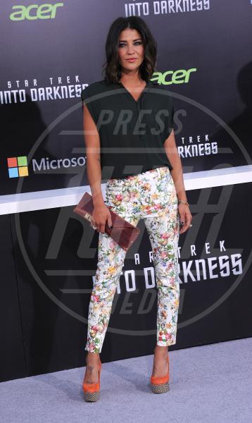 Jessica Szohr - Hollywood - 14-05-2013 - Nostalgia della primavera? Curatela con i fiori… sui pantaloni