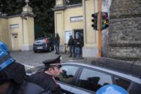 Funerali Erich Priebke - Albano Laziale - 15-10-2013 - Caos ai funerali del boia SS Erich Priebke, cerimonia sospesa