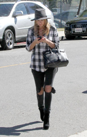 Ashley Benson - Los Angeles - 16-10-2013 - Ogni giorno una passerella: Eva Mendes è irraggiungibile