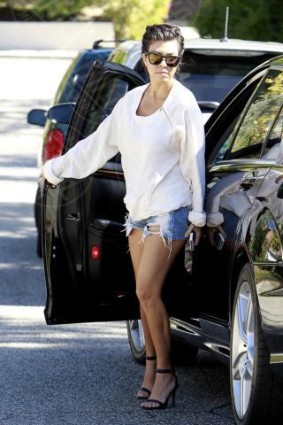 Kourtney Kardashian - Los Angeles - 16-10-2013 - Ogni giorno una passerella: Eva Mendes è irraggiungibile