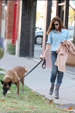 Eva Mendes - Los Angeles - 16-10-2013 - Ogni giorno una passerella: Eva Mendes è irraggiungibile