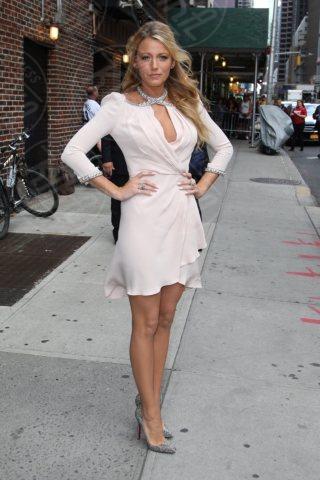 Blake Lively - New York - 26-06-2012 - Guardami negli occhi… se ci riesci!