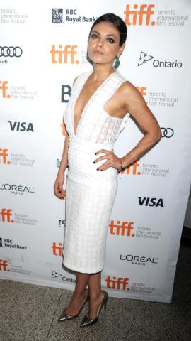 Mila Kunis - Toronto - 09-09-2013 - Ashton Kutcher pronto a sposare Mila Kunis