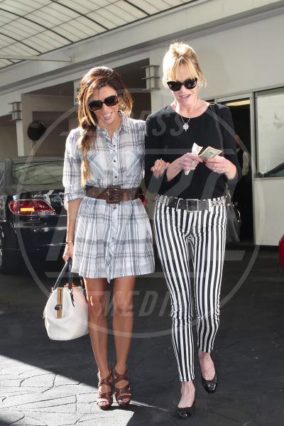 Melanie Griffith, Eva Longoria - Los Angeles - 17-10-2013 - Rivali sul set? No, amiche per la pelle!