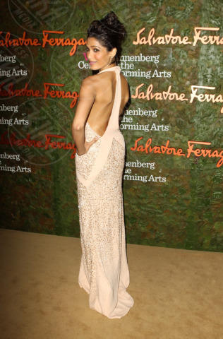 Freida Pinto - Los Angeles - 17-10-2013 - Vade retro abito! Le stelle celebrano Salvatore Ferragamo