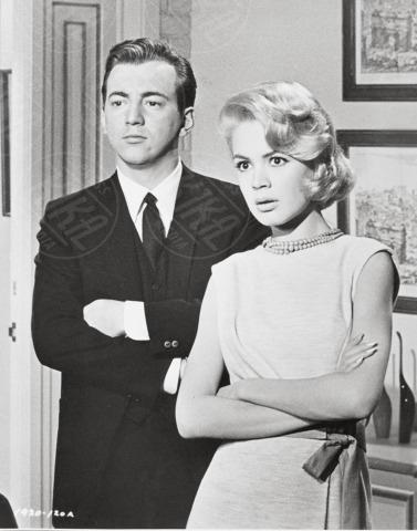 Bobby Darrin, Sandra Dee - 01-01-1962 - Abusi e molestie sessuali, il lato oscuro delle star