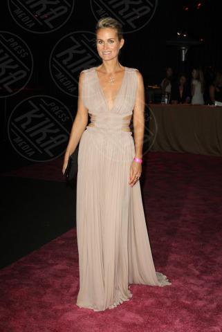Laetitia Hallyday - Santa Monica - 20-10-2013 - Anne Hathaway splendida madrina del Pink Party