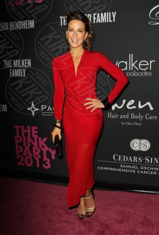 Kate Beckinsale - Santa Monica - 20-10-2013 - Anne Hathaway splendida madrina del Pink Party