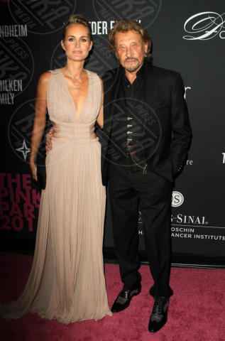 Laetitia Hallyday, Johnny Hallyday - Santa Monica - 20-10-2013 - Anne Hathaway splendida madrina del Pink Party