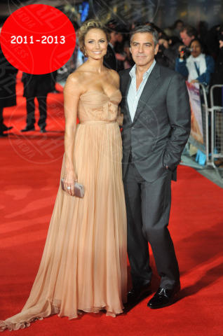 Stacy Keibler, George Clooney - Londra - 20-10-2011 - Bomba a Hollywood: la nuova coppia si chiama Clooney-Holmes