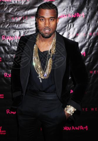 Kanye West - New York - 21-10-2010 - Kim Kardashian e Kanye West presto sposi