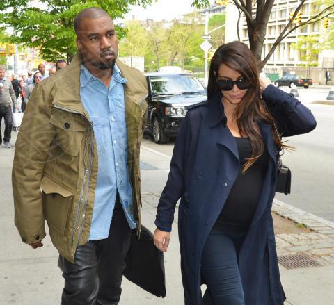 Kim Kardashian, Kanye West - New York - 06-05-2013 - Kim Kardashian e Kanye West presto sposi