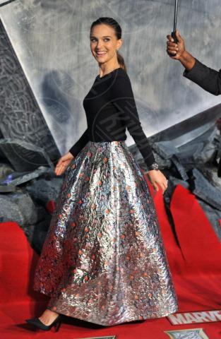 Natalie Portman - Londra - 22-10-2013 - Natalie Portman pronta a debuttare in televisione