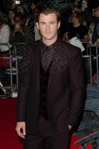 Chris Hemsworth - Londra - 22-10-2013 - L'eleganza di Natalie Portman illumina la notte londinese