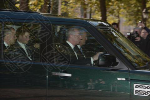 Principe Carlo d'Inghilterra, Principe Harry - Londra - 23-10-2013 - Festa in casa Windsor: il principe George è stato battezzato