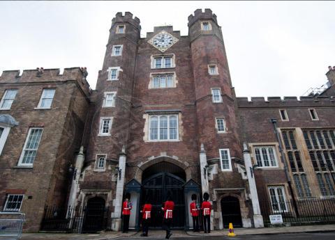 St. James Palace - Londra - 23-10-2013 - Festa in casa Windsor: il principe George è stato battezzato