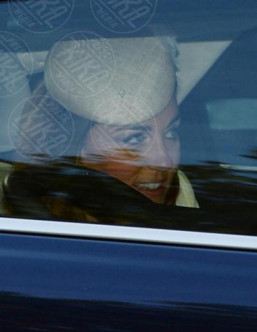 Kate Middleton - Londra - 23-10-2013 - Festa in casa Windsor: il principe George è stato battezzato
