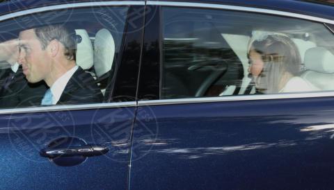 Principe William, Kate Middleton - Londra - 23-10-2013 - Festa in casa Windsor: il principe George è stato battezzato