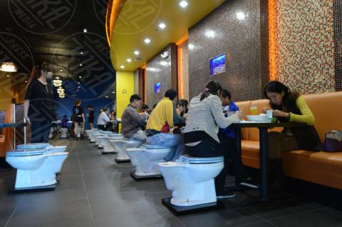 Magic Restroom Cafe - Los Angeles - 23-10-2013 - Scusi dove trovo la toilette? Dove preferisce