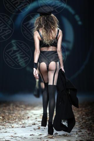 Nina Moric - Zagabria - 24-10-2013 - Siete già pronti per il nuovo Grande Fratello Vip? Lei sì!