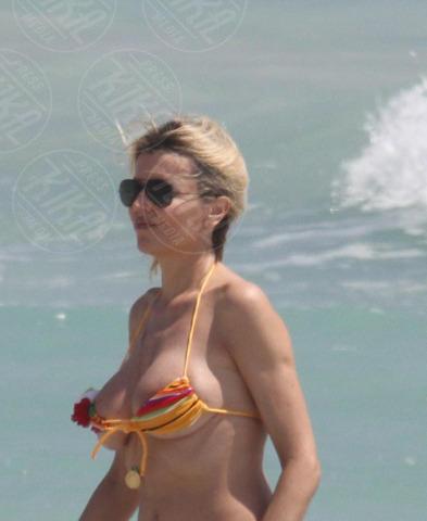 Rita Rusic - Miami - 01-01-2000 - Quando i vestiti non fanno il loro dovere la gaffe è assicurata