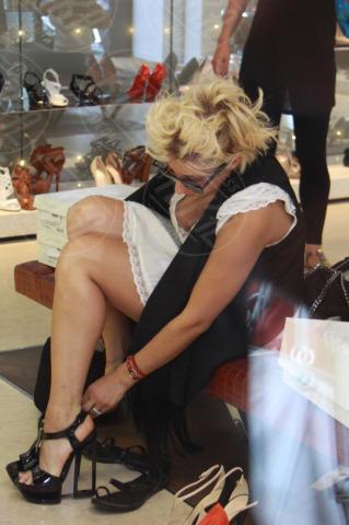 Malika Ayane - Milano - 19-06-2012 - Quando i vestiti non fanno il loro dovere la gaffe è assicurata